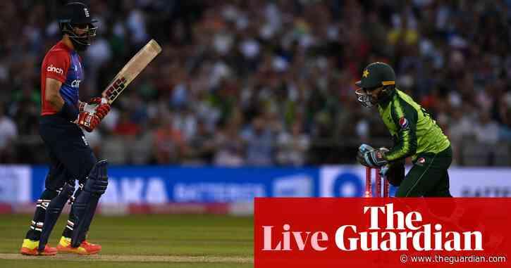 England beat Pakistan to win T20 international series – live!