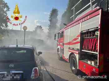 Rifiuti in fiamme a Mariano Comense - Prima Como