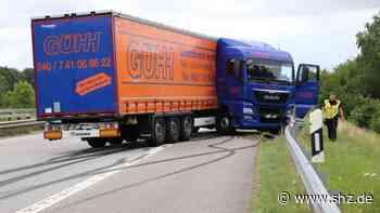 Räder blockierten : Sattelzug verunglückt auf A23 bei Itzehoe | shz.de - shz.de