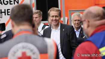 Flutkatastrophe im Süden: 685 Hilfskräfte aus SH mit Ziel Rheinland-Pfalz brechen aus Neumünster auf | shz.de - shz.de