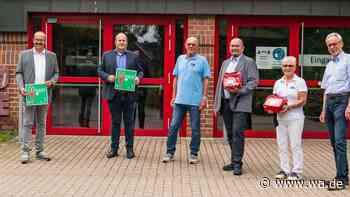 Drei Defibrillatoren in Sporthallen in Drensteinfurt installiert - wa.de