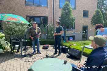 Rocco en Mauro treden op voor bewoners WZC Berkenbosch - Het Belang van Limburg