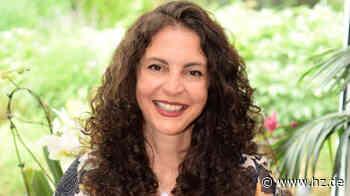 Neues zu Hause ist Giengen: Darum verkauft Luciana Tamborlin ihr Buch über das Glücklichsein in vielen Teilen der Welt - Heidenheimer Zeitung