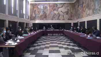 Gobernador se reune con alcaldes de las provincias de Arauco y Concepción - 24Horas.cl