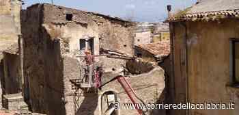 Cosenza, quartiere Santa Lucia: giunta approva interventi per la demolizione dei ruderi - Corriere della Calabria