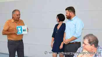 Zeichen für den Kinderschutz - TV Calmbach mit Landkreissiegel ausgezeichnet - Schwarzwälder Bote