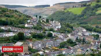 Covid in Wales: Three deaths registered in latest week