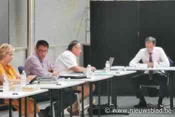 Premier De Croo na maanden afwezigheid opnieuw paraat in gemeenteraad