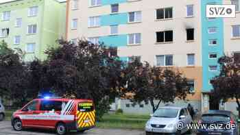 Feuerwehr im Einsatz: Wohnungsbrand in Perleberg Ost   svz.de - svz – Schweriner Volkszeitung