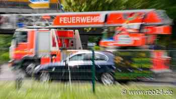 Berliner Feuerwehr bekämpft Brände in Buch und Wilmersdorf - rbb24