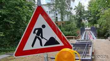 Metallteile fehlen: Sanierung einer Trave-Brücke in Bad Oldesloe verzögert sich | shz.de - shz.de