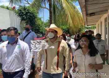 Escuelas de Oluta y Acayucan recibirán 15 millones de pesos - Imagen del Golfo
