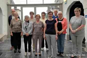 Samana Genoelselderen brengt bezoek aan het wijnkasteel (Riemst) - Het Belang van Limburg Mobile - Het Belang van Limburg