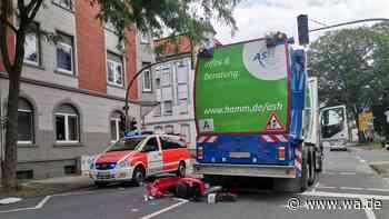 Caldenhofer Weg in Hamm gesperrt: Motorradfahrer und Müllwagen zusammengestoßen - wa.de