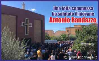 Una folla commossa ha salutato il giovane Antonio Randazzo - ilcarinese.it - Scavo Giuseppe