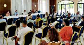 Begoña García Bernal informa sobre la futura PAC al sector agrario de las Vegas Altas - Región Digital