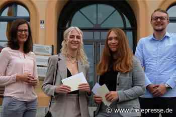 Reichenbacher OB und Lehrer gratulieren zum 1,0-Abschluss - Freie Presse