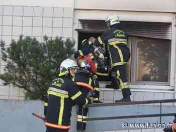 Le feu détruit un appartement à Soissons puis s'éteint seul - L'Union