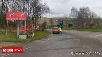 Cleveland Bridge: Hundreds of jobs at risk at Darlington steel firm - BBC News