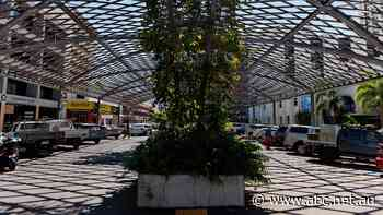 Darwin CBD shade structure costing taxpayers $50,000 per year to maintain - ABC News