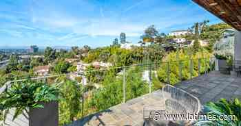 Filmmaker Ava Duvernay sells her scenic Midcentury in Hollywood Hills - Los Angeles Times
