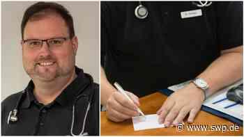 Dr. Kröner in Pfuhl: Zu warme Impfstoffe: Kontrolleure kamen eigentlich wegen Foto mit Armbanduhr - SWP