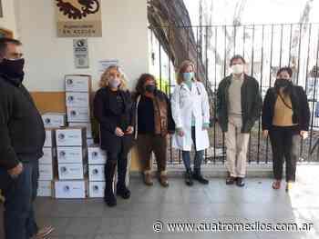 Quilmes: Mujeres Líderes en Acción entregó ropa y vestimenta de abrigo en el Hospital Iriarte - Cuatro Medios