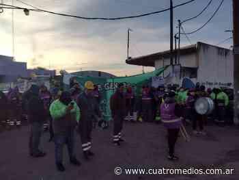 Quilmes: trabajadores municipales de Alumbrado Público realizan un paro - Cuatro Medios