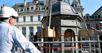 À Vannes, le clocheton de la chapelle Saint-Yves a retrouvé ses 31 m ce mercredi matin [En images] - Le Télégramme