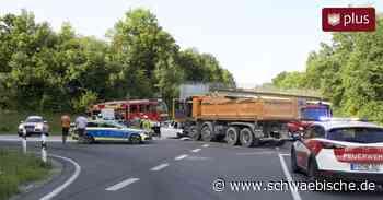 Tettnang: Schwerer Unfall auf der B 467 bei Fünfehrlen - Schwäbische