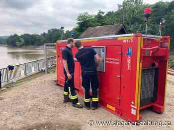 Feuerwehrleute aus dem Kreis Olpe helfen tatkräftig mit: Erfolg an der Steinbachtalsperre - Siegener Zeitung