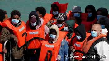 Migration über Ärmelkanal: Britische Regierung verschärft Gesetze