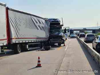 Stau-Chaos im Berufsverkehr: Lkw-Unfall auf der A5 zwischen Karlsruhe und Rastatt - die neue welle
