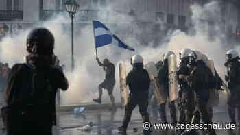 Proteste in Griechenland gegen Impfpflicht für Gesundheitskräfte