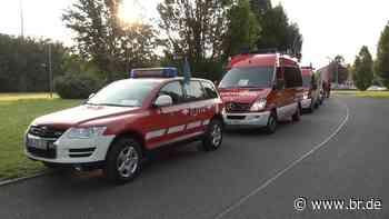Feuerwehren aus Aschaffenburg unterstützen im Hochwassergebiet - BR24
