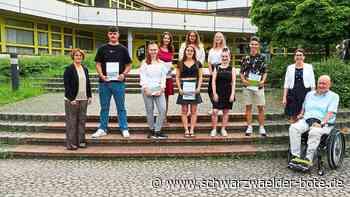 Kaufmännische Schule Nagold - 77 Absolventen bestehen Fachhochschulreife - Schwarzwälder Bote
