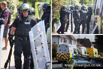 Wanted man accused of making threats wit weapon arrested after stand-off in Bognor