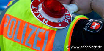 Betrunkene fährt an Polizeistation Drochtersen vorbei – Beamter läuft hinterher - Blaulicht - Tageblatt-online