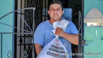 Gobierno distribuye Paquetes Alimentarios a los habitantes del municipio de Apopa - Diario La Huella