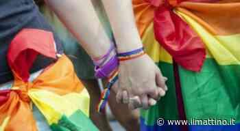 Napoli, Arcigay: «Ancora omofobia, ad Arzano schiaffi a due ragazze per un bacio» - ilmattino.it