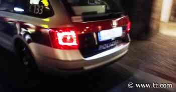 19-Jähriger prallte bei Verfolgungsjagd in Seefeld mit Auto gegen Baum   Tiroler Tageszeitung Online - Tiroler Tageszeitung Online