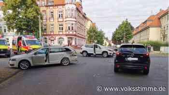 Unfall in Halberstadt: Beide Fahrerinnen verletzt - Volksstimme