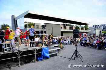 Mourenx : 400 personnes pour applaudir le spectacle hommage à Eddy Merckx - Sud Ouest