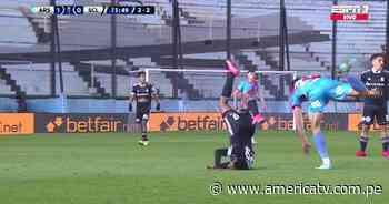 Sporting Cristal vs. Arsenal: Nilson Loyola y su terrible caída de cabeza en el partido - América Televisión
