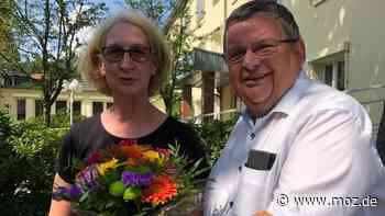 Corona: Kulturverein Hoppegarten tagt unter freiem Himmel - moz.de
