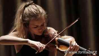 Il violino della giovanissima Laura Marzadori pronto ad incantare a Bertinoro - ForlìToday