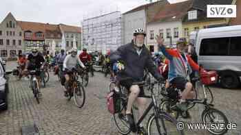 """Radler auf """"Tour des Ostens"""": """"Perleberg ist eine Option für einen weiteren Besuch!""""   svz.de - svz.de"""