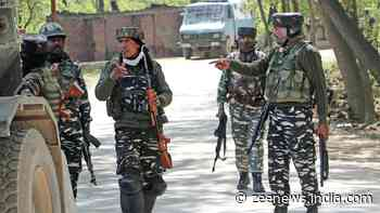 Encounter breaks out in Jammu and Kashmir`s Baramulla, top Lashkar commander trapped