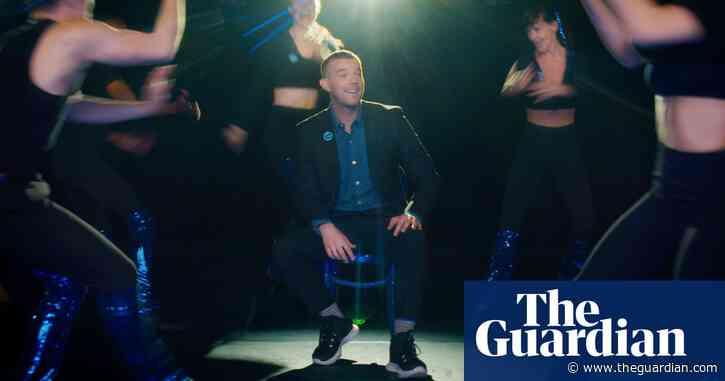 Covid jab uptake slows among young people in England, PHE says