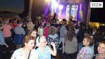 Gewerbeverein Güstrow: Güstrower können wieder am Inselsee feiern und tanzen | svz.de - svz – Schweriner Volkszeitung